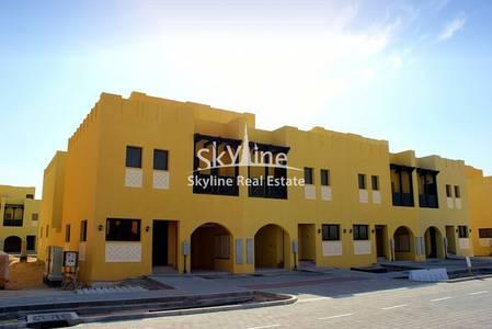 2 Bedroom Villa for Sale in Hydra Village, Abu Dhabi - 2-bedroom-villa-zone-7-hydra-village-abudhabi-uae
