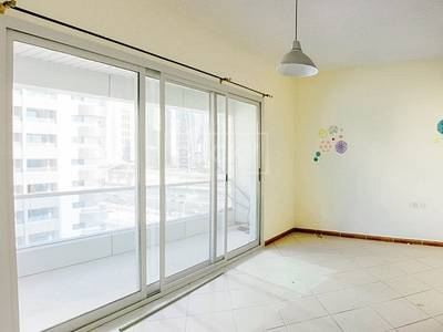 Studio for Rent in Dubai Marina, Dubai - Studio with Balcony in Dubai Marina
