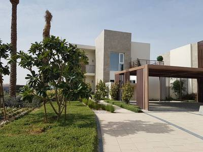 4 Bedroom Villa for Sale in Dubai South, Dubai - opportunity for the last year looking for luxury here Villa Townhouse overlooking the super beauty
