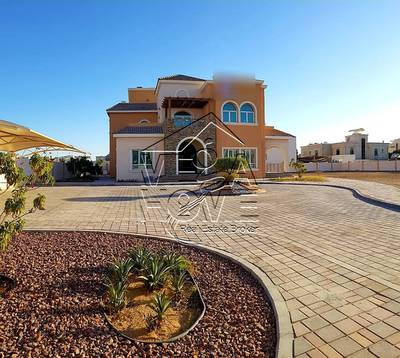 6 Bedroom Villa for Rent in Khalifa City A, Abu Dhabi - STAND-ALONE 6MBR/DRIVER/KITCHEN OUTSIDE AND BIG YARD