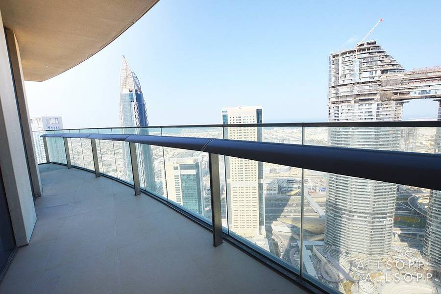 Sea Views | Direct Link To Dubai Mall | 2 Bed