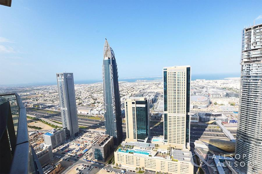 10 Sea Views | Direct Link To Dubai Mall | 2 Bed
