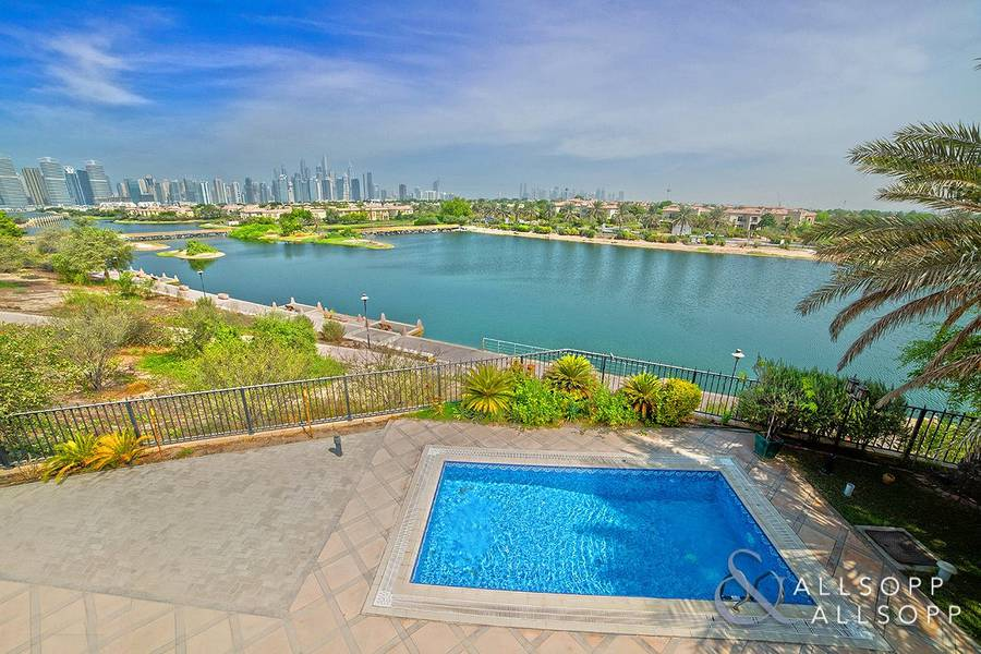 2 Extended | Open Plan | Lake Skyline View