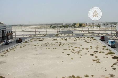 Plot for Sale in Al Raha Beach, Abu Dhabi - corner Farm with palm + mango in Al rahba
