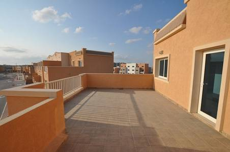 فیلا  للبيع في الريف، أبوظبي - A Great Investment! 5BR Single Row Mediterranean Villa