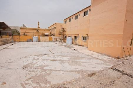 Building for Sale in Mussafah, Abu Dhabi - 3.6M!  Spacious Building w/ Big Parking