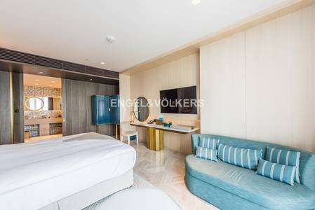 Hotel Apartment for Sale in Palm Jumeirah, Dubai - Managed |Ready Investment Deal| Furnished