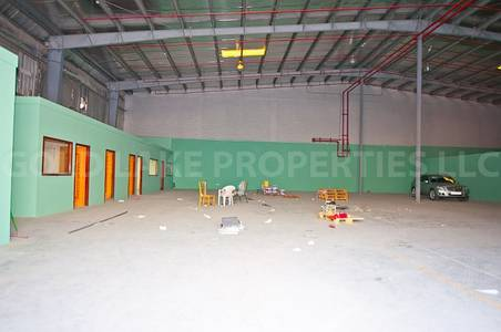 Warehouse for Rent in Mussafah, Abu Dhabi - 118KWA!  Huge Warehouse Close to Highway