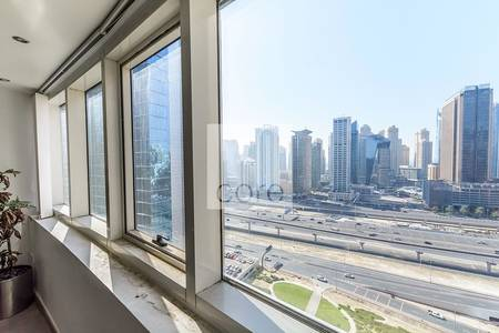 Office for Rent in Jumeirah Lake Towers (JLT), Dubai - Fitted Office I Mid Floor I Lake Views