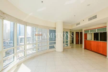 2 Bedroom Flat for Rent in Dubai Marina, Dubai - High Floor   Marina Views   Unfurnished