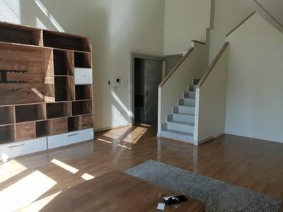 1 Bedroom Apartment for Rent in Downtown Dubai, Dubai - Large | Duplex | Upgraded | Wooden floor