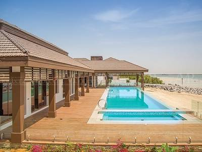 5 Bedroom Villa for Rent in Al Reem Island, Abu Dhabi - Luxurious Villa in the Lap of the Sea in Al Reem Island'