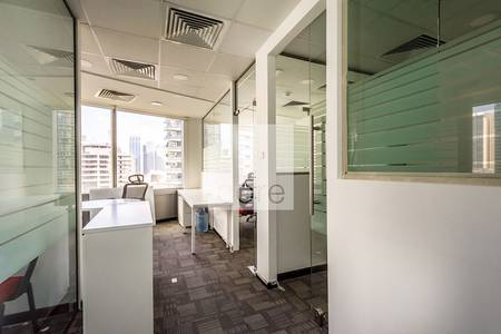 Office for Rent in Jumeirah Lake Towers (JLT), Dubai - Corner Office | Fitted | Gold Tower | DMCC