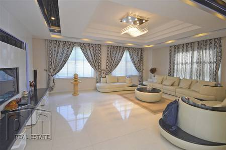 5 Bedroom Villa for Rent in Dubailand, Dubai - 7072 Sq Ft   Corner Unit   Ready Now