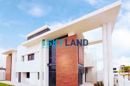فیلا  للايجار في جزيرة ياس، أبوظبي - LUXURIOUS ! 4 Bedrooms Corner Villa T2 220k Only