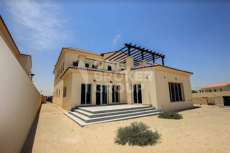 4 Bedroom Villa for Sale in Jumeirah Golf Estate, Dubai - EXTREMELY ATTRACTIVE Post-Handover Plans.