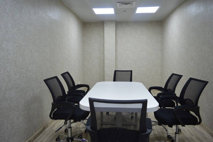 2 Meeting Room