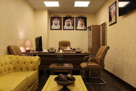 مکتب  للايجار في بر دبي، دبي - Office