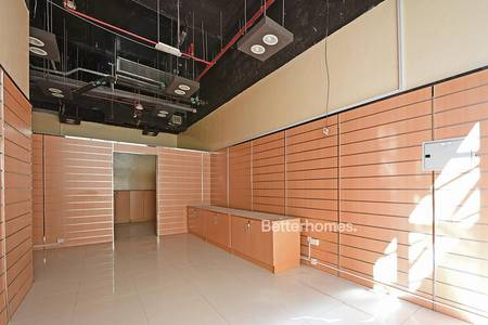 Shop for Rent in Jumeirah Lake Towers (JLT), Dubai - Great Retail Space | Foot Traffic & Parking
