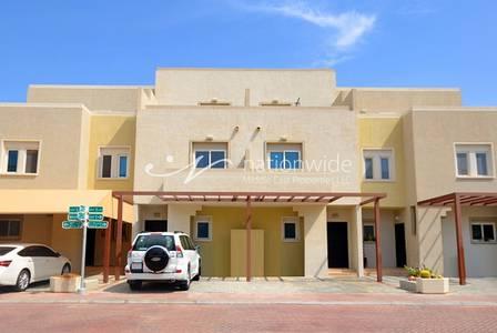 4 Bedroom Villa for Sale in Al Reef, Abu Dhabi - Captivating! 4 BR Desert Villa w/ Garden