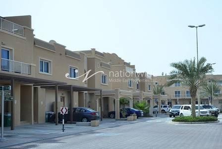 5 Bedroom Villa for Sale in Al Reef, Abu Dhabi - Superb 5 BR Villa w/ Maid + Private Pool