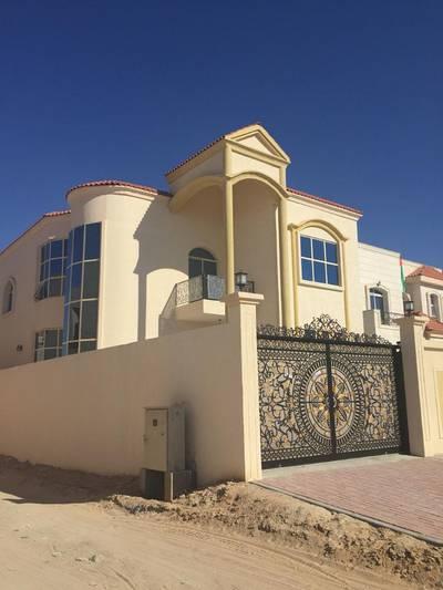 5 Bedroom Villa for Sale in Al Rawda, Ajman - Arabian taste design and modern finishing for sale in Ajman