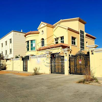 5 Bedroom Villa for Rent in Khalifa City A, Abu Dhabi - Stand-Alone 5 Bed Villa w/Driver room