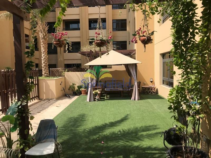 2 Private Courtyard   Vacant 3 BR + Laundry