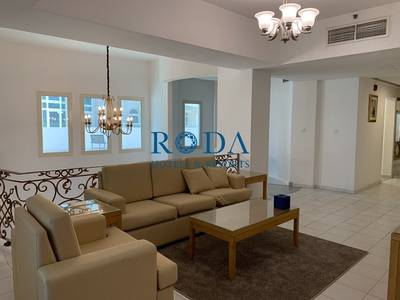 3 Bedroom Flat for Rent in Downtown Dubai, Dubai - Two Floors|3 BHK|Maid's room|All bill included|Free WiFi