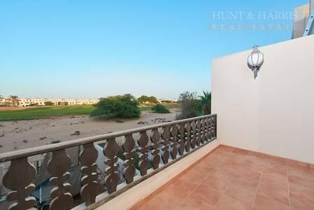 3 Bedroom Townhouse for Sale in Al Hamra Village, Ras Al Khaimah - Three Bedroom Townhouse - Walk to Swimming Pool