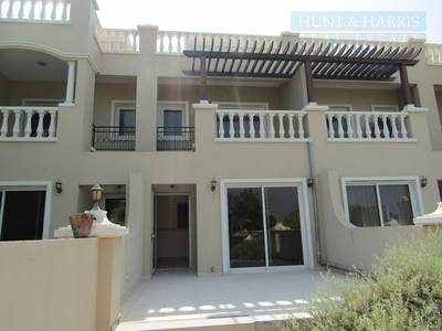 2 Bedroom Townhouse for Sale in Al Hamra Village, Ras Al Khaimah - 2 Bed Townhouse near to the Bayti Pool - Investor Deal - Great Property