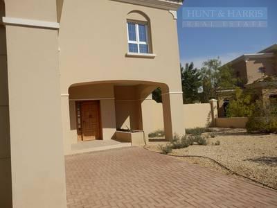 فیلا  للايجار في مارينا أم القيوين، أم القيوين - Four bedroom villa - Well maintained -  Ready to move in