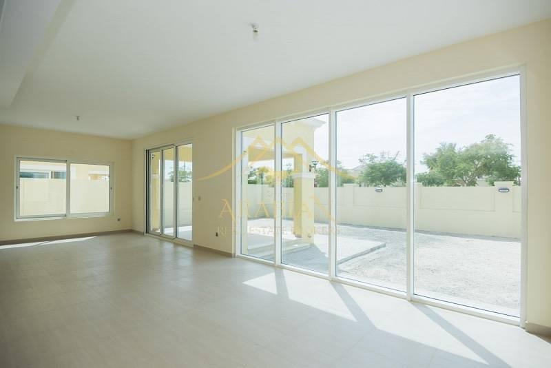 Vacant Legacy Nova Spacious 4 bedrooms in Jumeirah Park