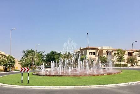 5 Bedroom Villa for Rent in Al Raha Golf Gardens, Abu Dhabi - Elegant 5BR Villa with Private Pool in Narjis