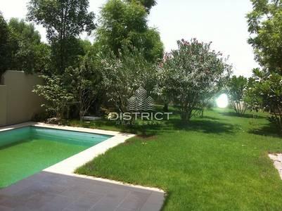 5 Bedroom Villa for Sale in Al Reef, Abu Dhabi - 5 BR Villa with Private Pool in Al Reef