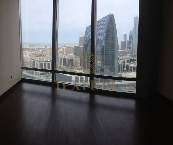 1 Stunning wooden floor Studio in Burj Khalifa for sale