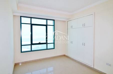 1 Bedroom Apartment for Sale in Dubai Marina, Dubai - One bedroom with Full Sea View for sale in Marina Crown