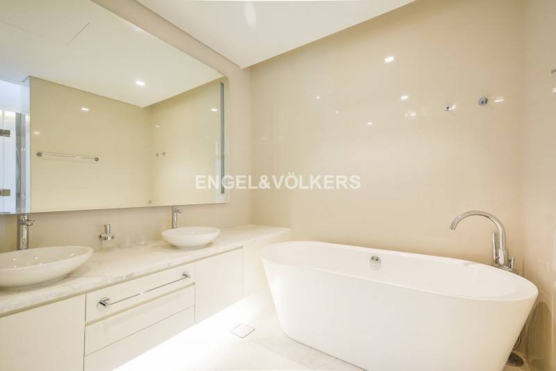 10 Brand New | Furnished | Elegant Interior