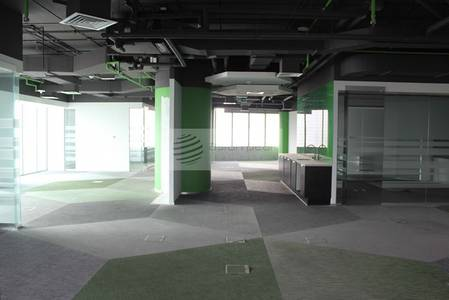 Office for Rent in Jumeirah Lake Towers (JLT), Dubai - Well-Designed Office for Trading Company