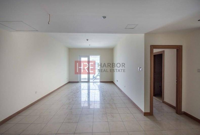 Multiple Cheques! Spacious 2 BR Apartment