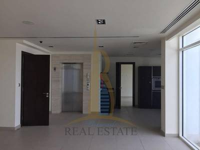 4 Bedroom Villa for Sale in Al Sufouh, Dubai - Price REDUCED to SELL Hurry as Owner needs to Sell quick!!