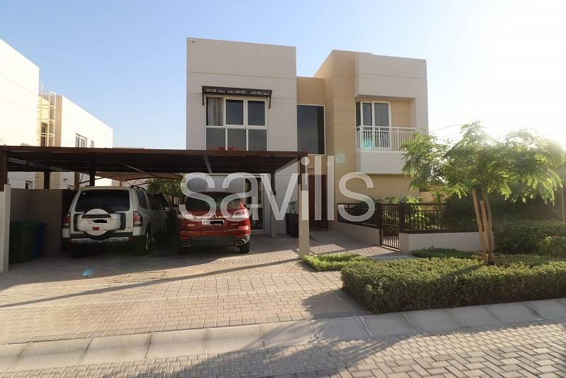 2 Corner furnished villa with swimming pool