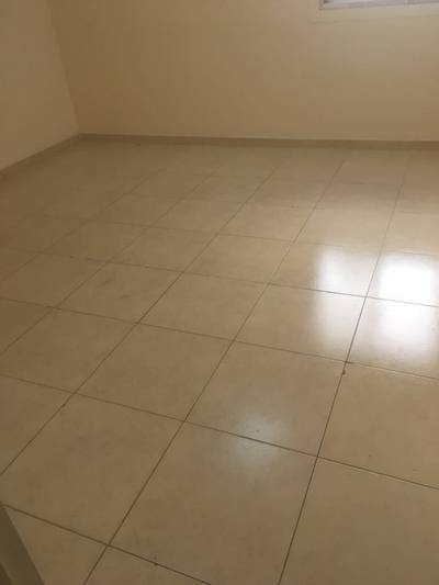 Labour Camp for Rent in Al Quoz, Dubai - Independent Block - 65 Rooms; 6 persons approval; Window A/c; 2 kitchen & 2 Dining rent in Al Quoz