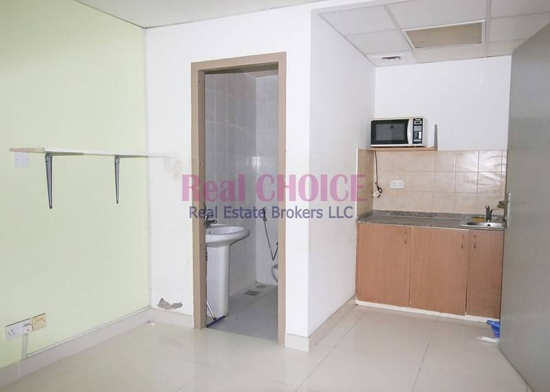 2 Fully Fitted Spacious Office|Low Floor