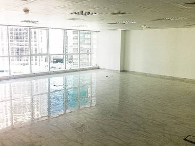 Office for Rent in Jumeirah Lake Towers (JLT), Dubai - Fitted Office Multiple Cheque in JLT
