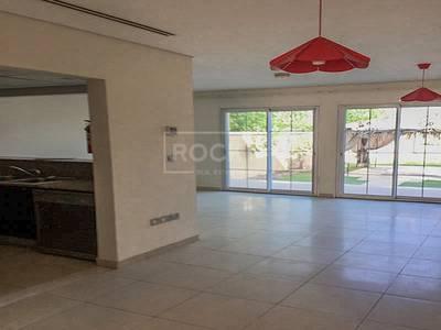 تاون هاوس  للايجار في مثلث قرية الجميرا (JVT)، دبي - Exclusive 1 Bedroom Townhouse in JVT