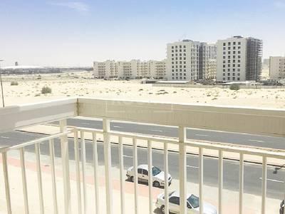 شقة 1 غرفة نوم للبيع في ليوان، دبي - Investment Deal Furnished Apartment in Queue Point