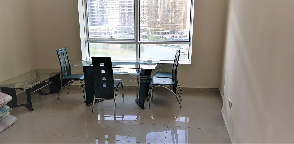 Amazing 1 BHK with Full Lake View close to JLT MS