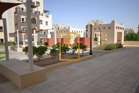 3 Bedroom Apartment for Sale in Remraam, Dubai - Three Bedroom Hall Apartment with Park View For Sale in Al Thamam