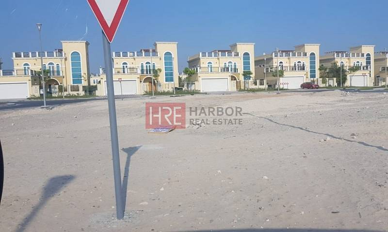 2 The Only Available Plot in Jumeirah Park